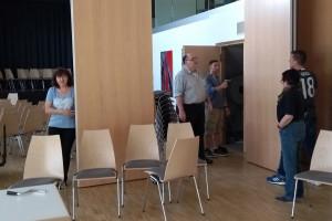 Vorbereitungen: Vergrößern des Saals