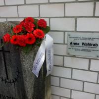 Erinnerungstafel Anna Wahlrab