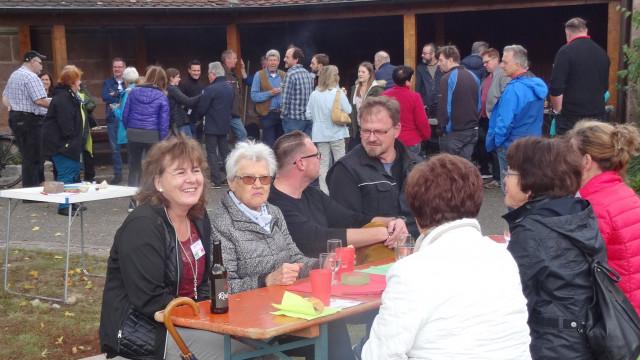 Claudia Hälter mit Gästen